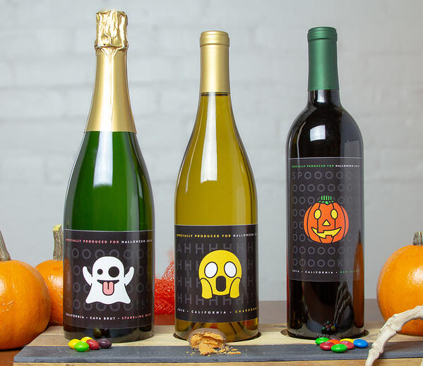 Halloween Emojis Wine Gift Set