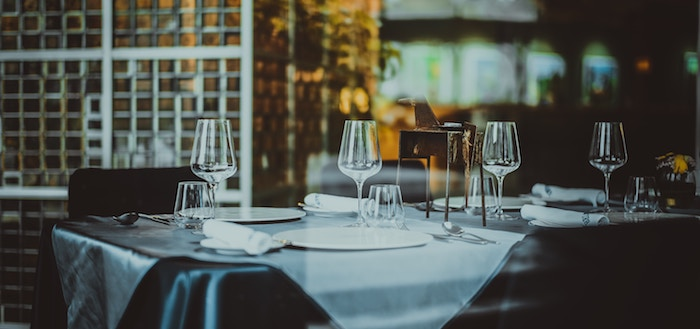 5 Worst Mistakes You Can Make Hosting a Wine & Dinner Party