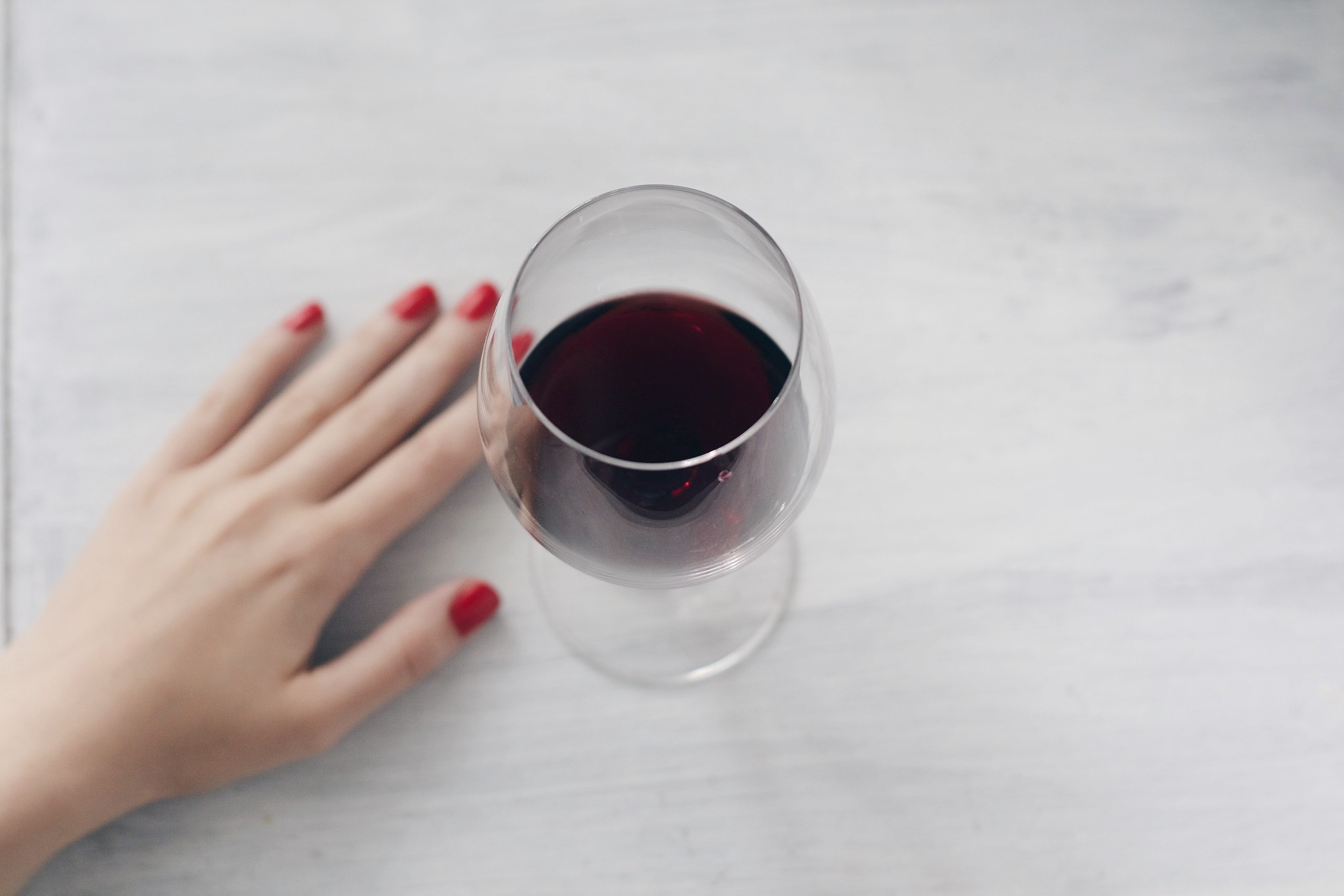 red-wine-glass-red-nails.jpg