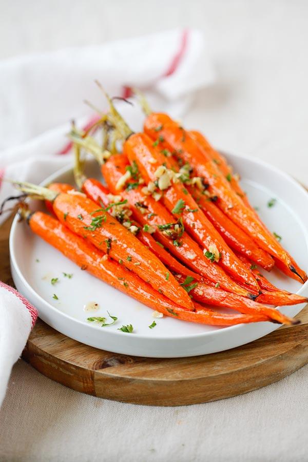 honey_roasted_carrots1.jpg